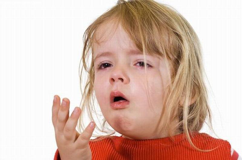 dấu hiệu trẻ bị viêm họng cấp