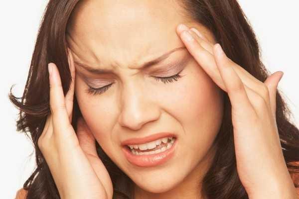 triệu chứng viêm xoang đau nhức đầu