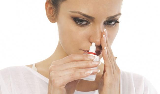 vệ sinh mũi thường xuyên